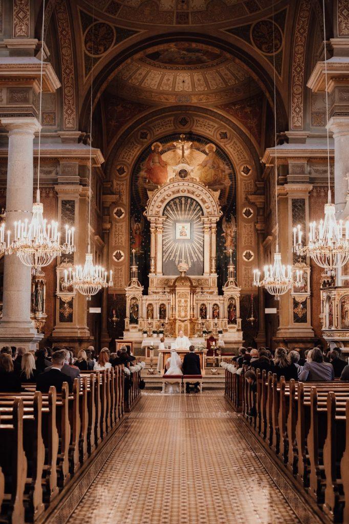 Kirchliche-Hochzeit-Stilechtes