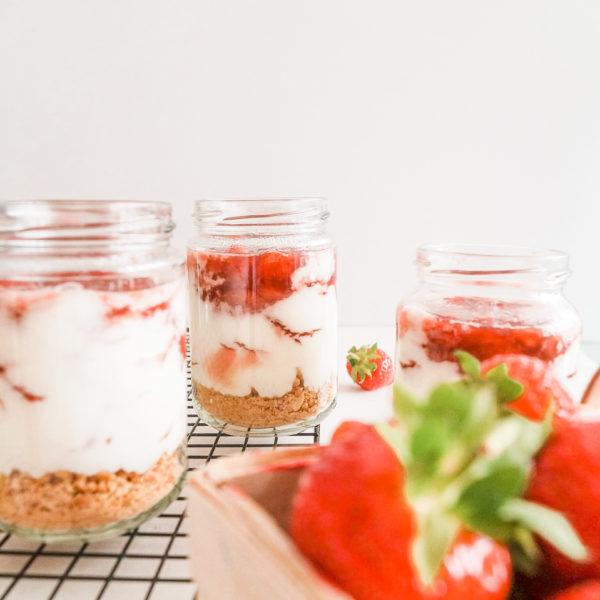 Erdbeere-Cheesecake im Glas